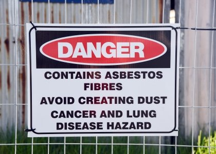Danger contains asbestos fibres warning sign